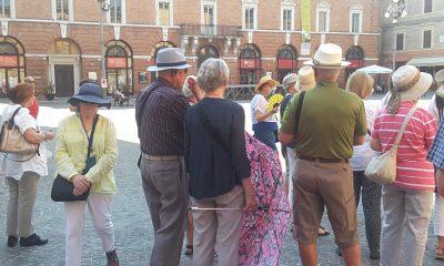 Turisti Jesi