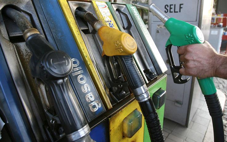 Carta carburante, le cose sa sapere per la fatturazione elettronica