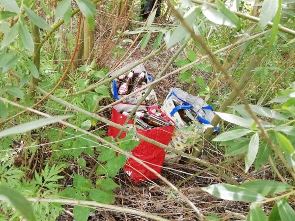 rifiuti fiume Esino (2)